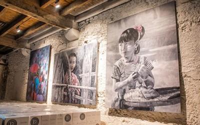 Vernissage exposition des oeuvres de Flipo et Khin Zaw Latt